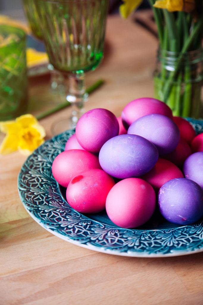 påskägg, färga ägg