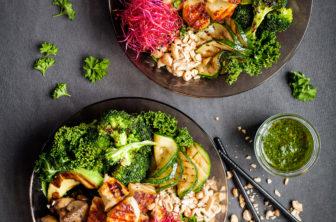 halloumibolw, bowl med grillade grönsaker