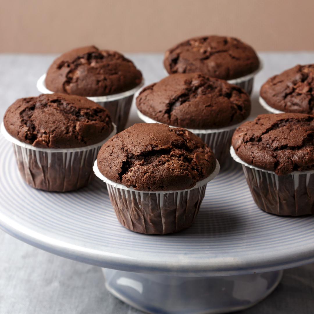 chokladmuffins med chokladbitar