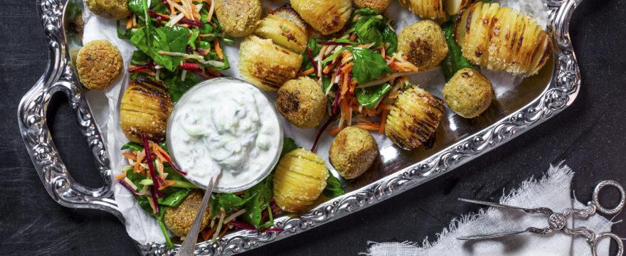 Hasselbackspotatis med falafel