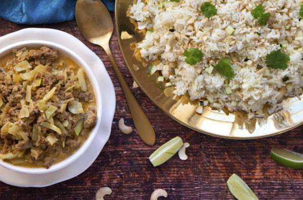 Indisk köttfärssås med kryddat ris