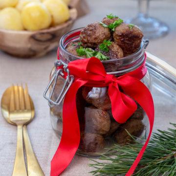 Julköttbullar med rostad lök