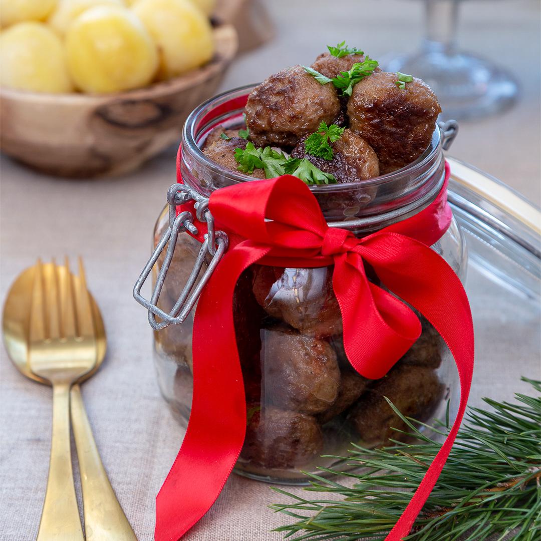 Julköttbullar med rostad lök - Recept - Tasteline.com
