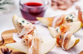 Päron med prosciutto och ädelost