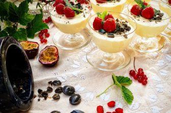 Citron- och limefromage med lakrits och hallon