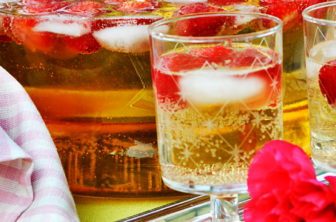 drinkar med jordgubb, fläderbål toppbild