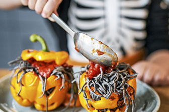 Fyllda paprikor halloween